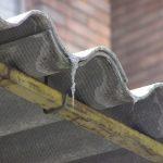 L'amianto è pericoloso e dannoso, la bonifica dev'essere esguita da personale esperto